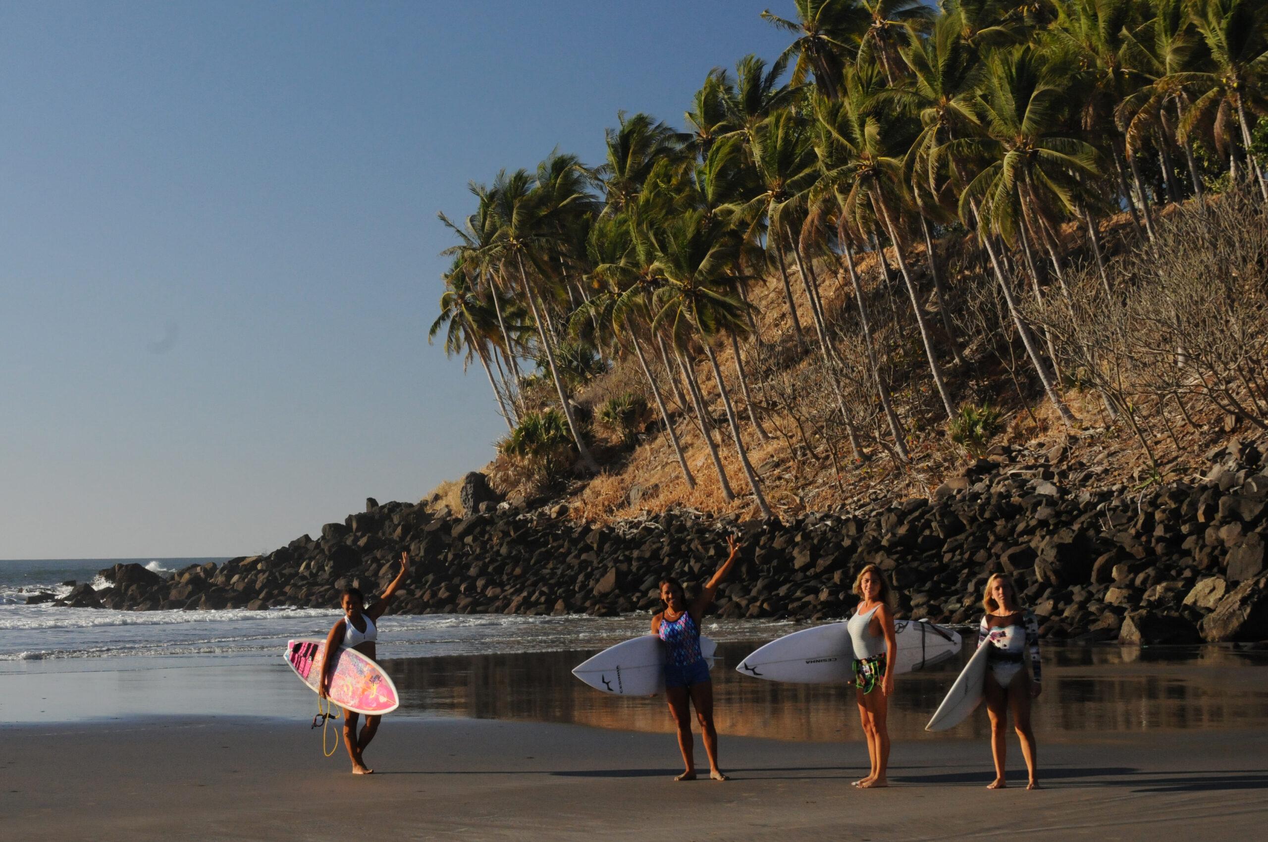 Playa las FLores el Salvador