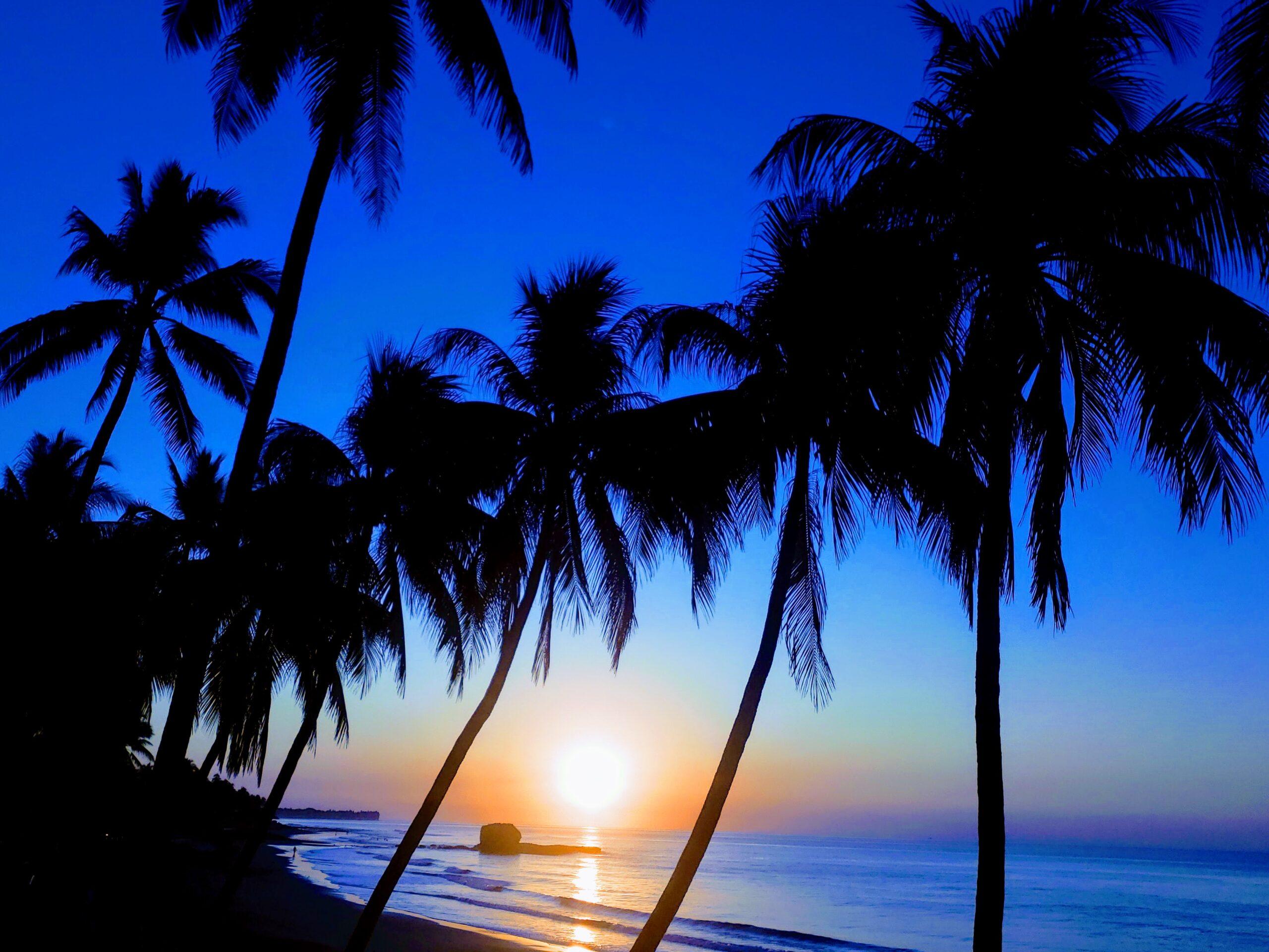 Playa El Sunzal El Salvador